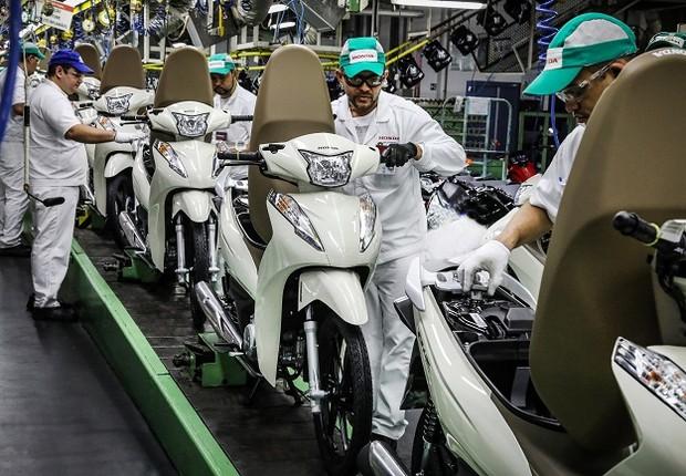 Linha de produção da Moto Honda (Foto: Divulgação)