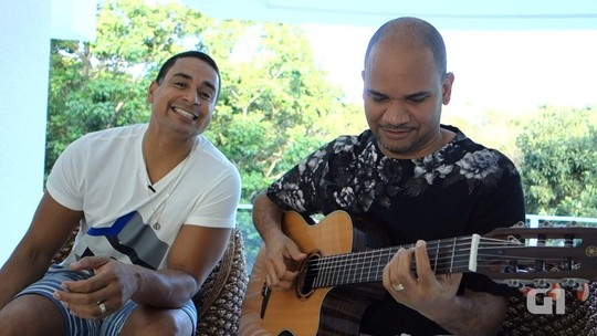 Harmonia lança clipe ao vivo de música inédita; Xanddy dá prévia