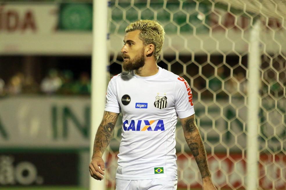 Lucas Lima foi substituído no começo do segundo tempo (Foto: Renato Padilha/Mafalda Press/Estadão Conteúdo)