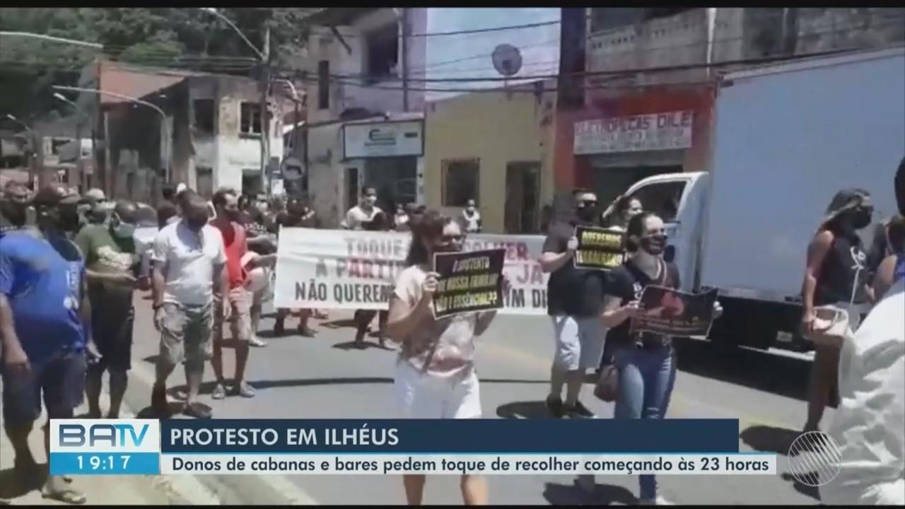 Cabaneiros e baristas protestam pela reabertura dos estabelecimentos em Ilhéus