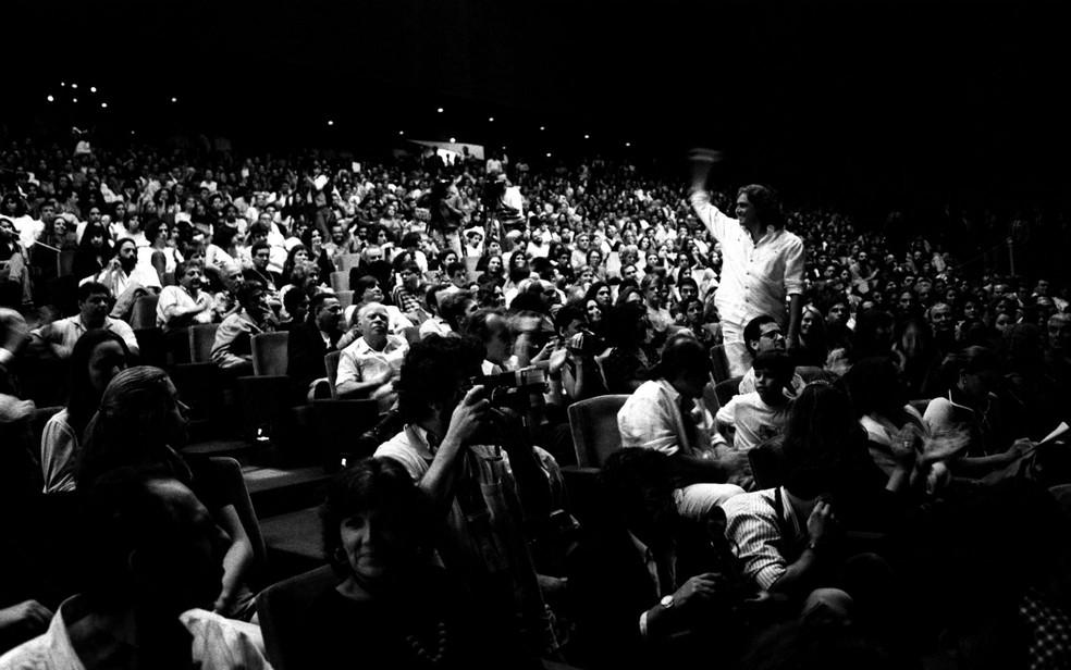 Fotografia analógica de Mila Petrillo do Festival de Brasília do Cinema Brasileiro — Foto: Mila Petrillo/Reprodução