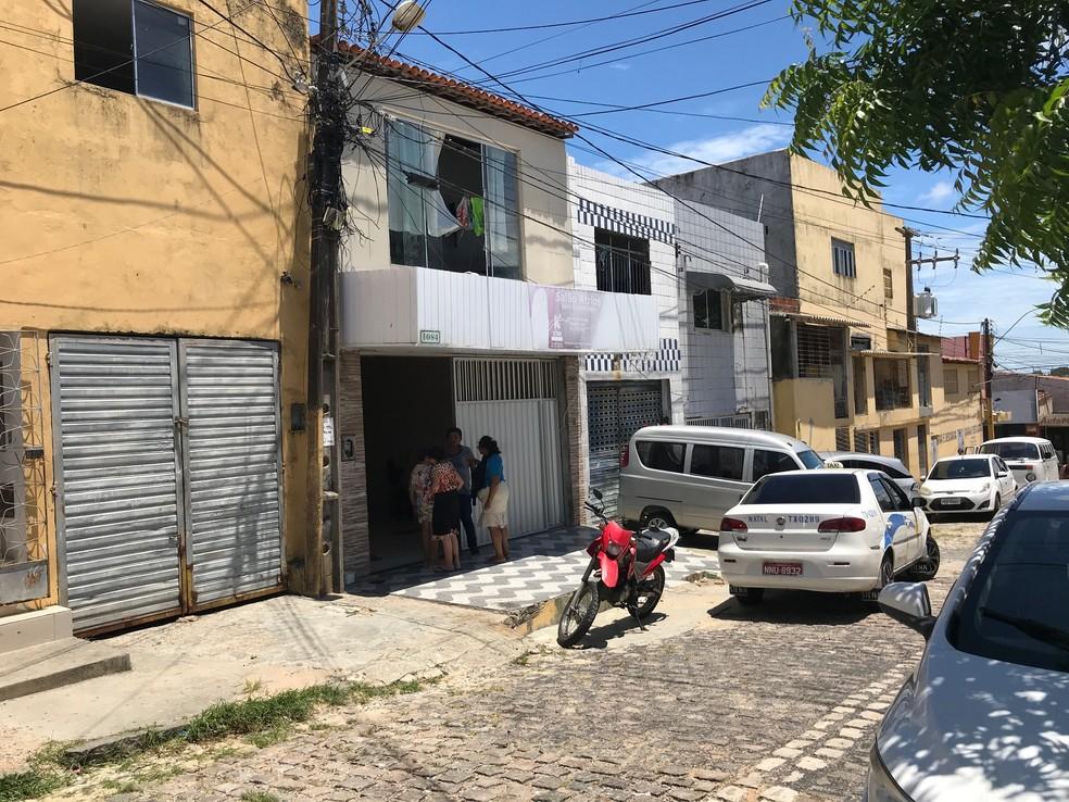 Crime ocorreu na Rua dos Pajeús — Foto: Luiz Gustavo Ribeiro/Inter TV Cabugi