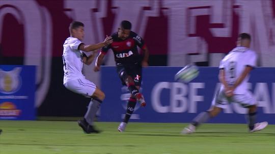 Análise: Botafogo afia o pé e volta a fazer quatro gols após um ano e meio, mas dispersões preocupam