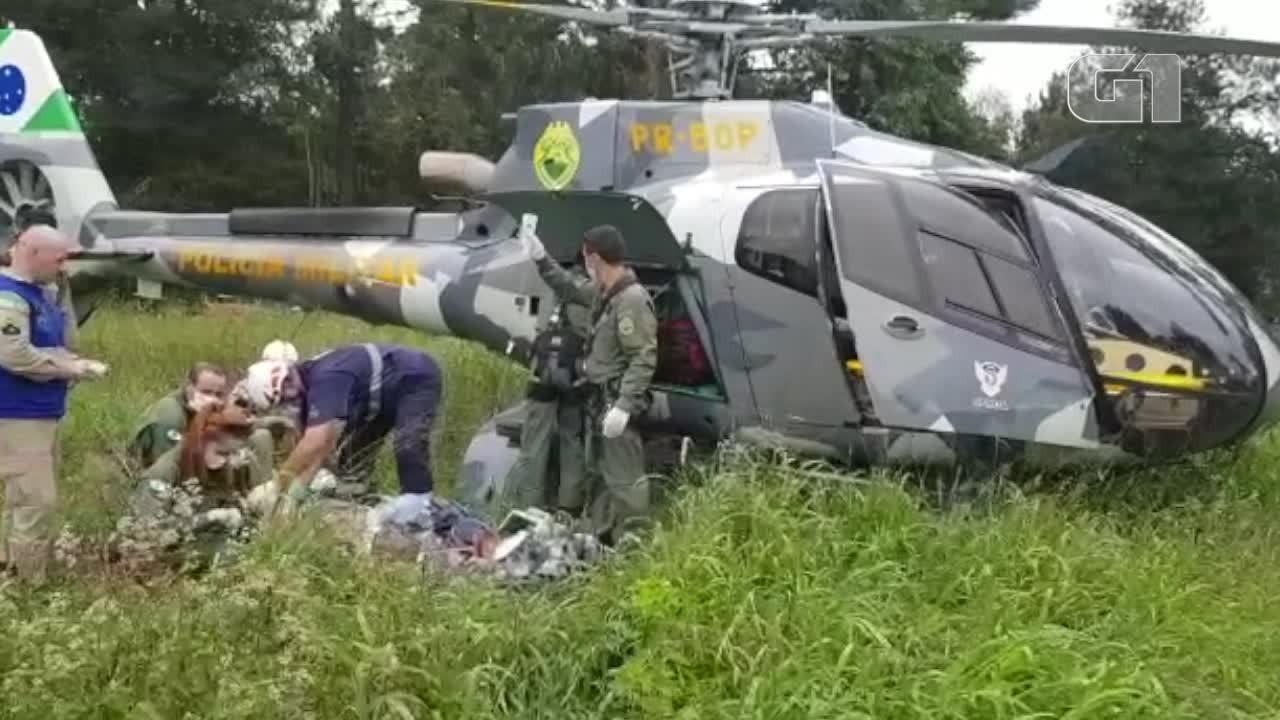 Homem cai enquanto cortava erva mate e é socorrido de helicóptero no Paraná
