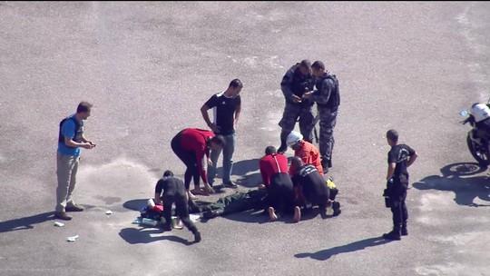 Helicóptero da Polícia Militar cai na Baía de Guanabara, Rio