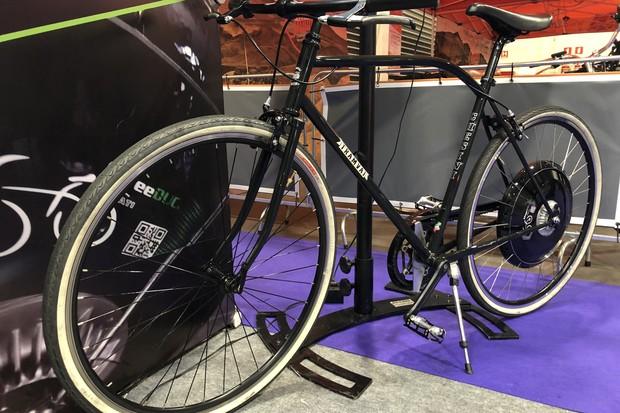 Roda elétrica da Ducati Energia (Foto: Emily Nery - Redação Autoesporte)