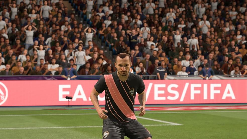 O zagueiro Giorgio Chiellini é um dos melhores da posição em FIFA 20 — Foto: Reprodução/André Magalhães