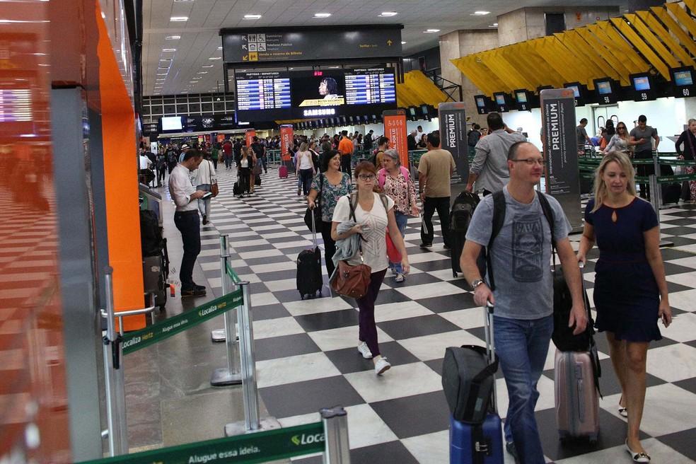 Movimentação de passageiros no Aeroporto de Congonhas, Zona Sul de São Paulo — Foto: Renato S. Cerqueira/ Estadão Conteúdo