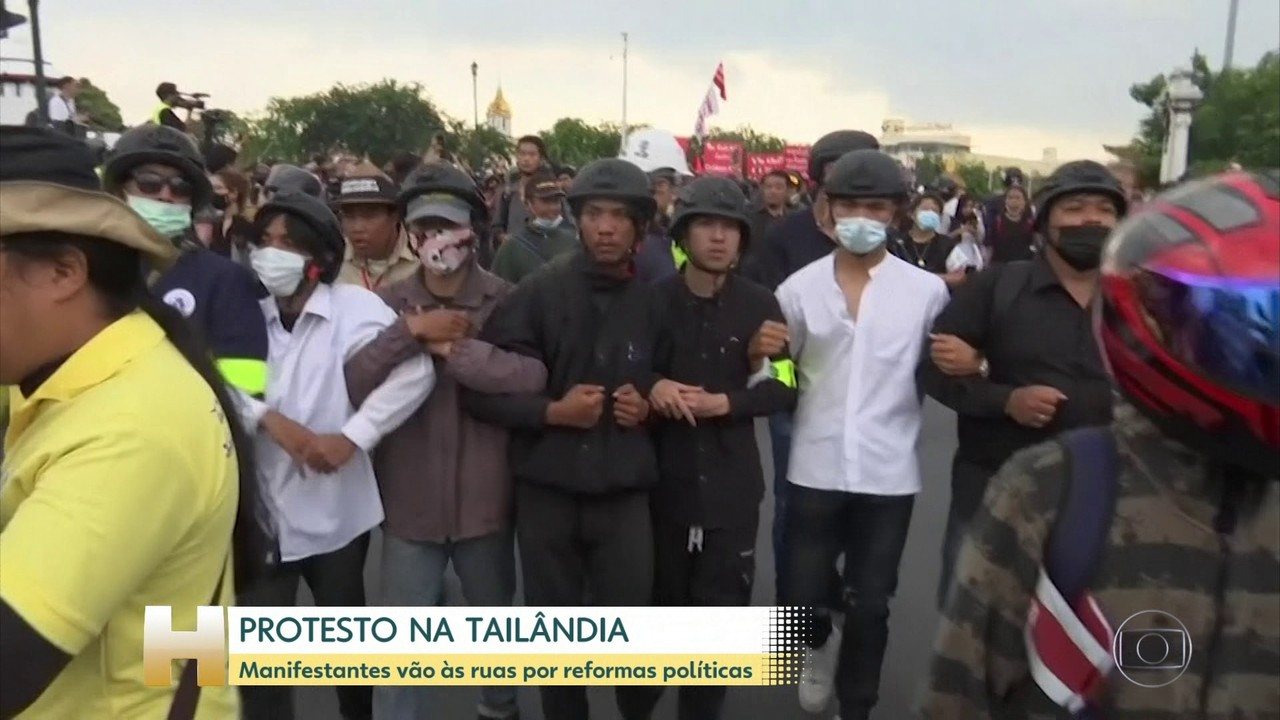 Manifestantes vão às ruas da Tailândia por reformas políticas