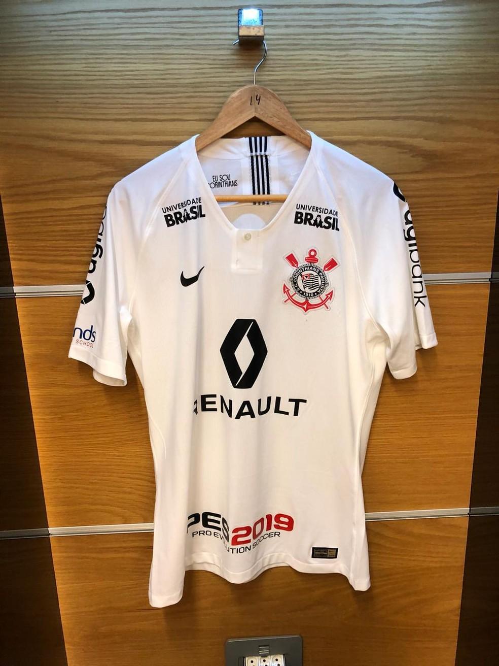 4a98cf344d000 ... Camisa do Corinthians para a final contra o Cruzeiro — Foto  Carol  Andrade