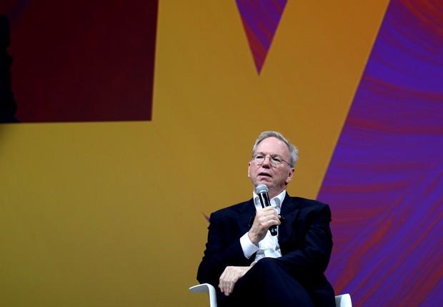 Eric Schmidt, CEO da Alphabet, em painel sobre inteligência artificial (Foto: Felipe Maia)