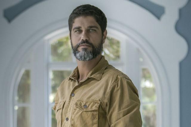 Bruno Cabrerizo, o Hussein de 'Órfãos da terra' (Foto: Raquel Cunha/TV Globo)