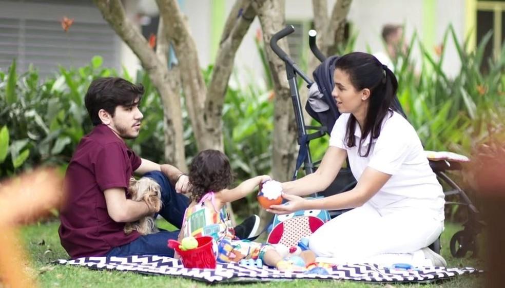 Tadeu (João Fernandes) faz amizade com a babá de Nina em 'Malhação - Toda Forma de Amar' — Foto: Globo