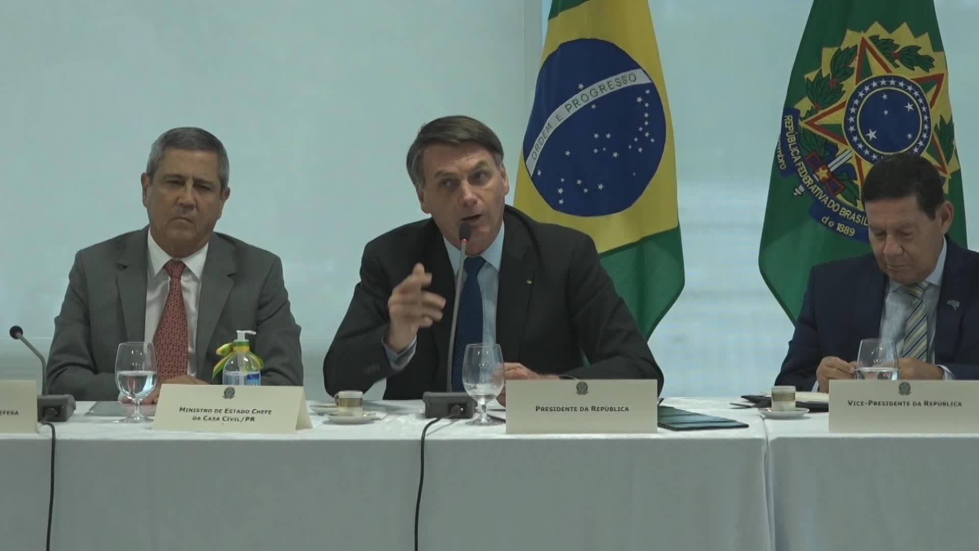 Imprensa internacional repercute vídeo da reunião entre Bolsonaro e ministros