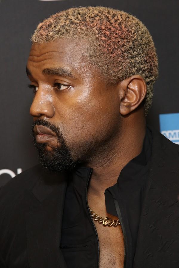 Kanye West também já jogou no time dos platinados (Foto: Foto: Getty Images)