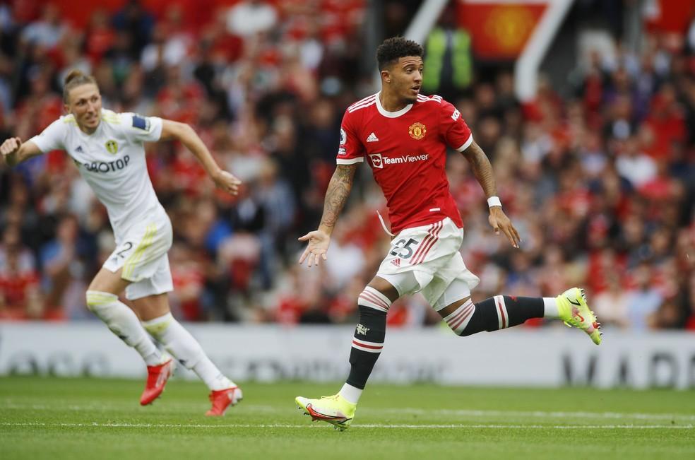 Sancho estreia oficialmente pelo Manchester United diante do Leeds United — Foto: REUTERS