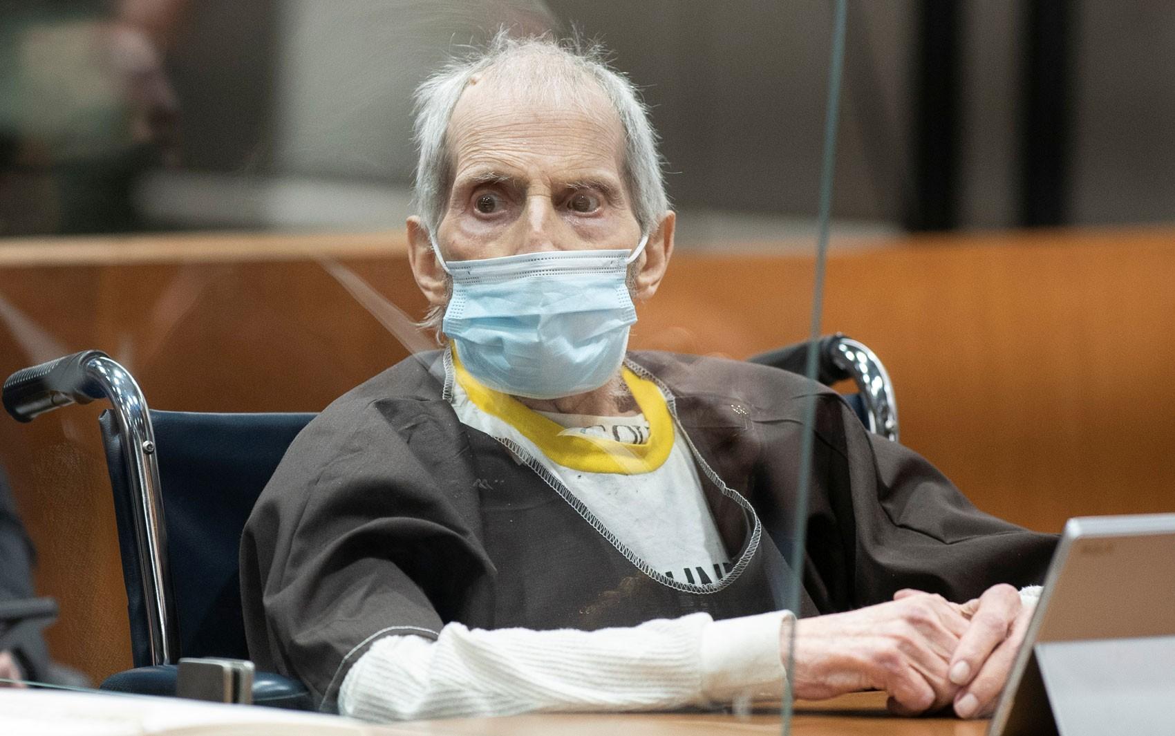 Bilionário condenado à prisão perpétua por matar a melhor amiga é acusado pela morte da esposa