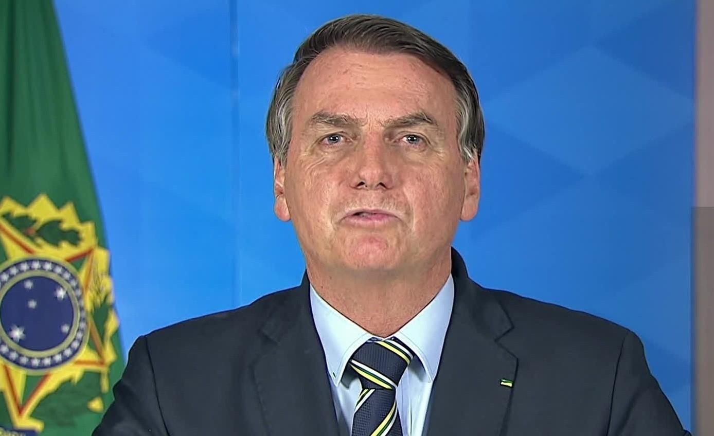 Estudo da FGV aponta impacto de pronunciamentos de Bolsonaro no compartilhamento de mensagens sobre governadores e remédio experimental