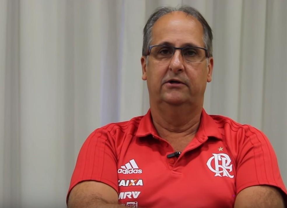 Carlos Noval surge como nome forte para assumir cargo deixado por Rodrigo Caetano (Foto: Reprodução)