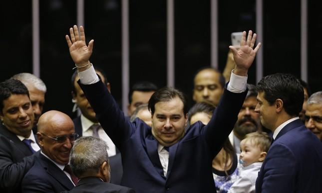 Rodrigo Maia comemora vitória