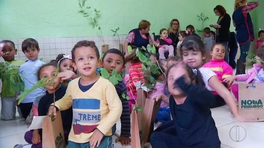 Ação do projeto 'Cidade Verde' é realizada na escola Princesa Isabel, em Nova Friburgo, no RJ