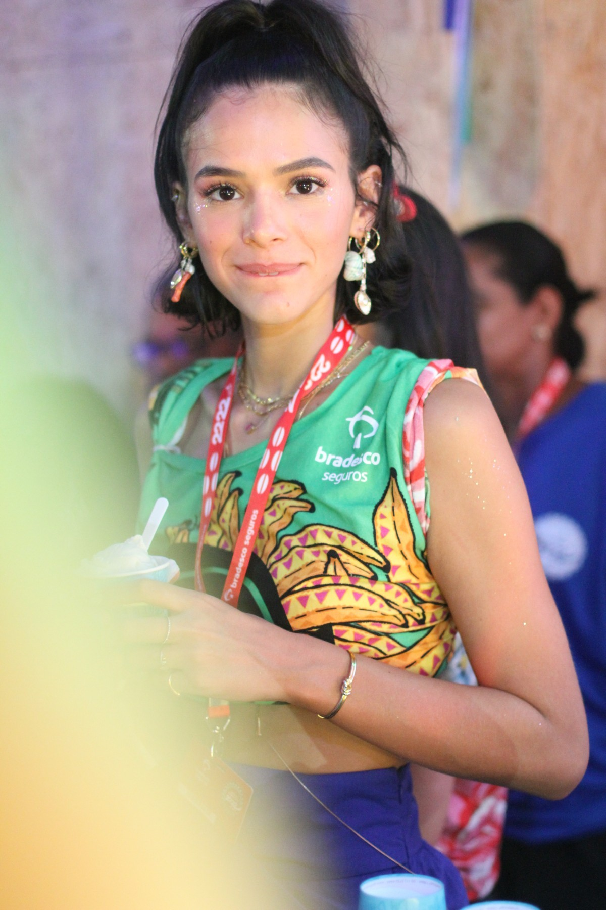 FOTOS: Bruna Marquezine curte camarote após sair em trio de Ivete Sangalo no carnaval
