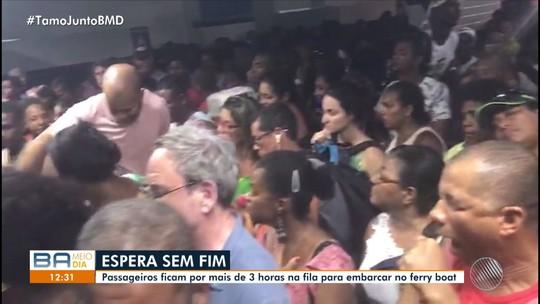 Ferry-boat tem espera de 3h para embarque de veículos em Itaparica