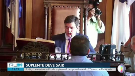 Justiça determina saída de suplentes da Câmara de Petrópolis