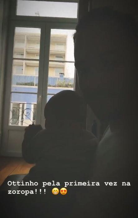Junior Lima celebra primeira viagem de Otto para a Europa (Foto: Reprodução/Instagram)