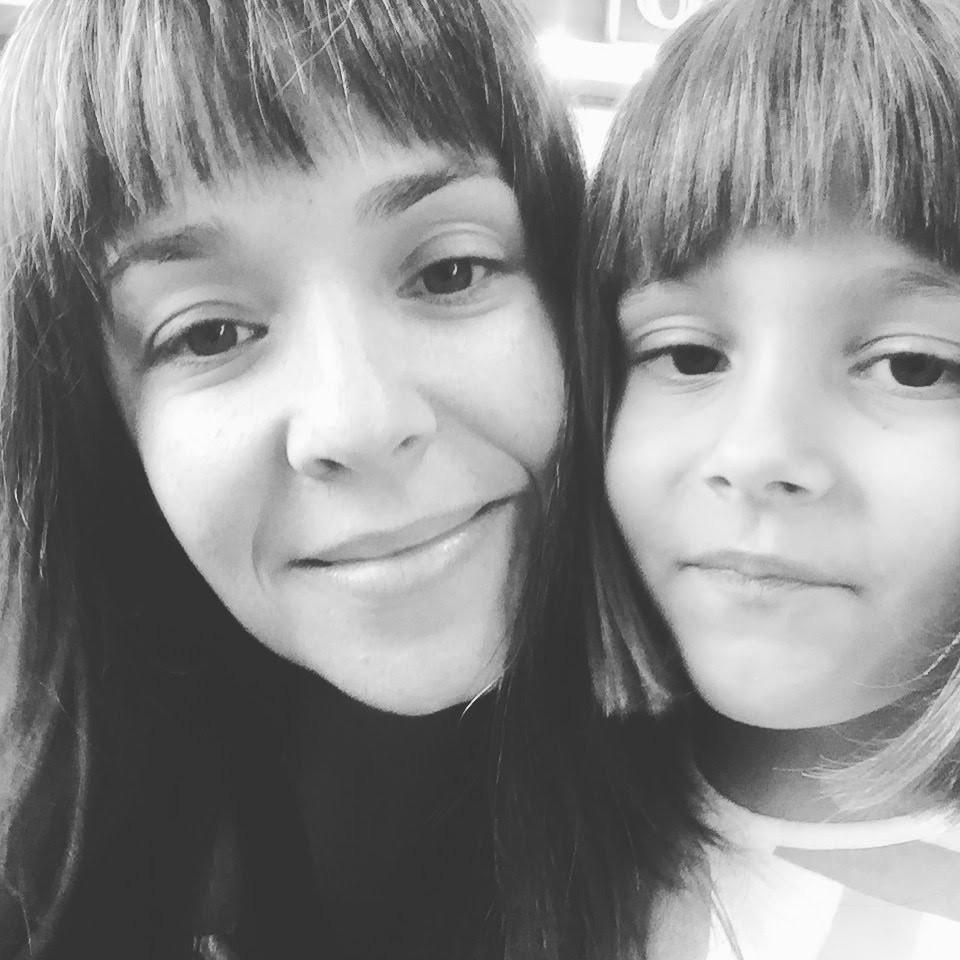 Graziela Mantoanelli e a filha, Clara: filme surgiu a partir de dificuldade pessoal (Foto: Arquivo pessoal/ Graziela Mantoanelli)