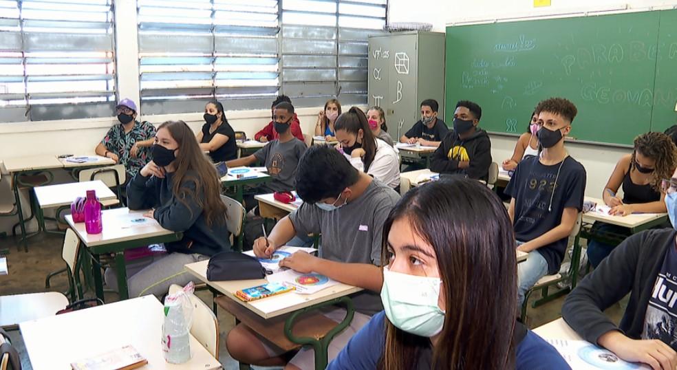 A partir de 2022, novo ensino médio passa a ser implementado de forma progressiva em Ribeirão Preto (SP) — Foto: Reprodução/EPTV