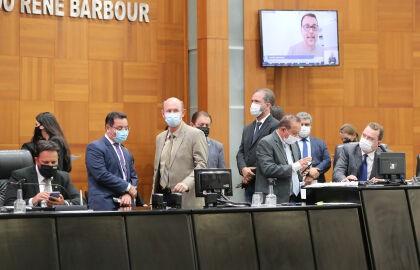 Deputados aprovam mudança do nome da primeira ferrovia estadual para Senador Vicente Emílio Vuolo