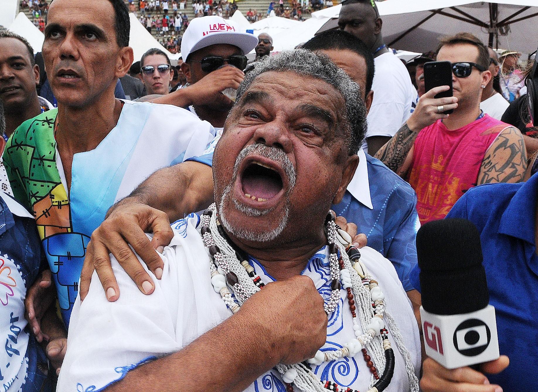 Corpo de Laíla, diretor de carnaval, é enterrado neste sábado no Caju