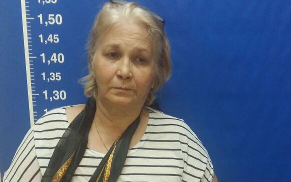 Mulher é presa suspeita de enganar vítimas se dizendo consulesa de Portugal (Foto: Divulgação)