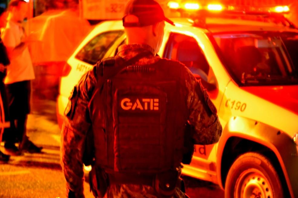 O Grupo de Ações Táticas Especiais (Gate) da Polícia Militar foi chamado em Sorocaba — Foto: Jorge Toti/Giro Sorocaba