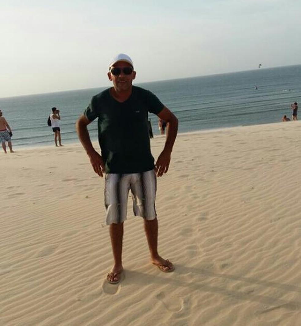 Vítima foi identificada como o pedreiro Remilson Soares (Foto: Reprodução/Facebook)