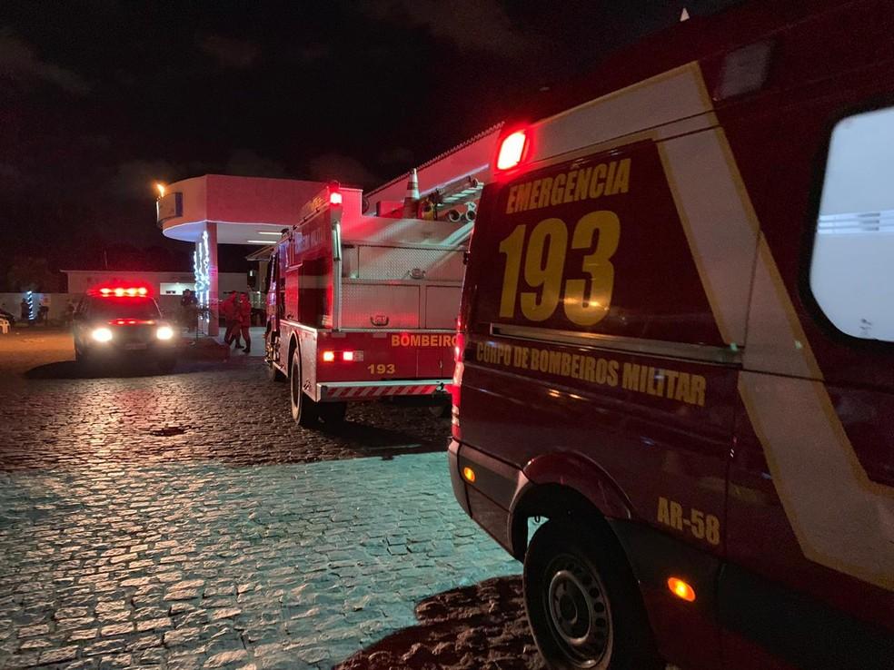 Corpo de Bombeiros disse que não é possível identificar a origem do vazamento de gás no Arlinda Marques — Foto: Walter Paparazzo/ G1