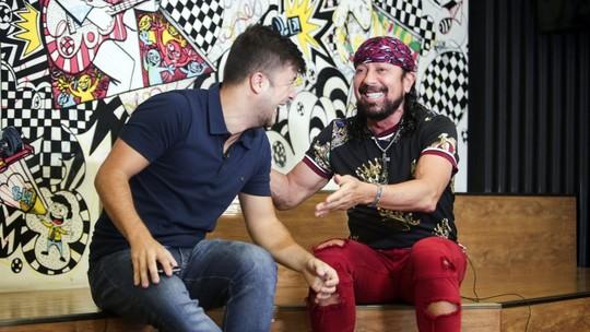 Quintal da Bola com Bell Marques: cantor lembra Bahia campeão contra Pelé e tira onda com a bola no pé
