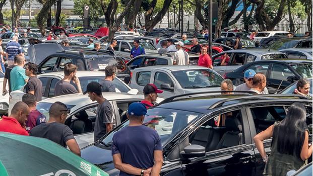 Feirão de usados (Foto: Rogério Albuquerque)