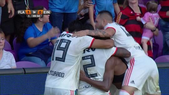 Flamengo acerta venda de Jean Lucas por R$ 34 milhões para o Lyon; volante não volta ao Santos