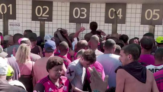 Troca de ingressos para jogo da Libertadores causa tumulto no Maracanã