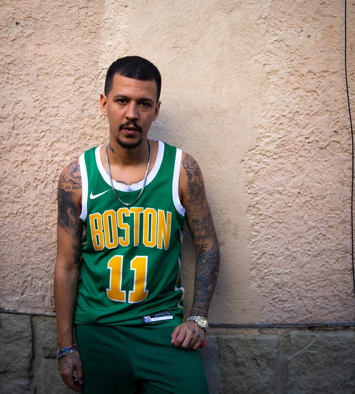 Vocalista do trio 3030, rapper Rod promove álbum solo enquanto se reúne com o grupo na Bahia para compor | Blog do Mauro Ferreira