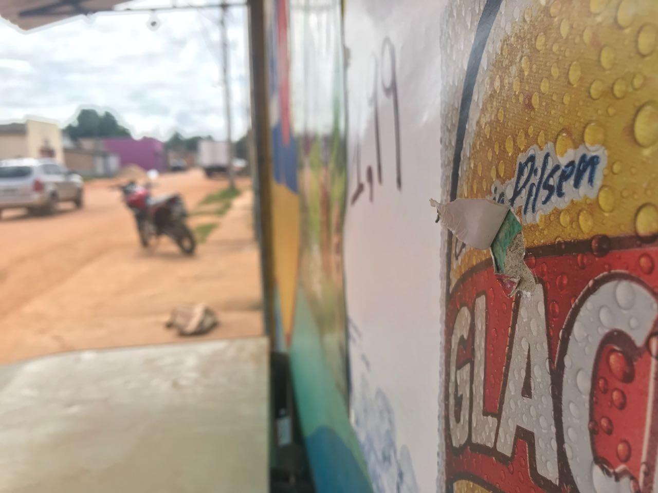 Criança e adolescentes são baleados na frente de distribuidora em Boa Vista