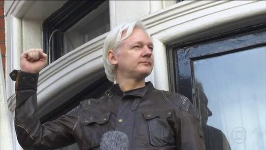 Adiada audiência sobre extradição de Julian Assange