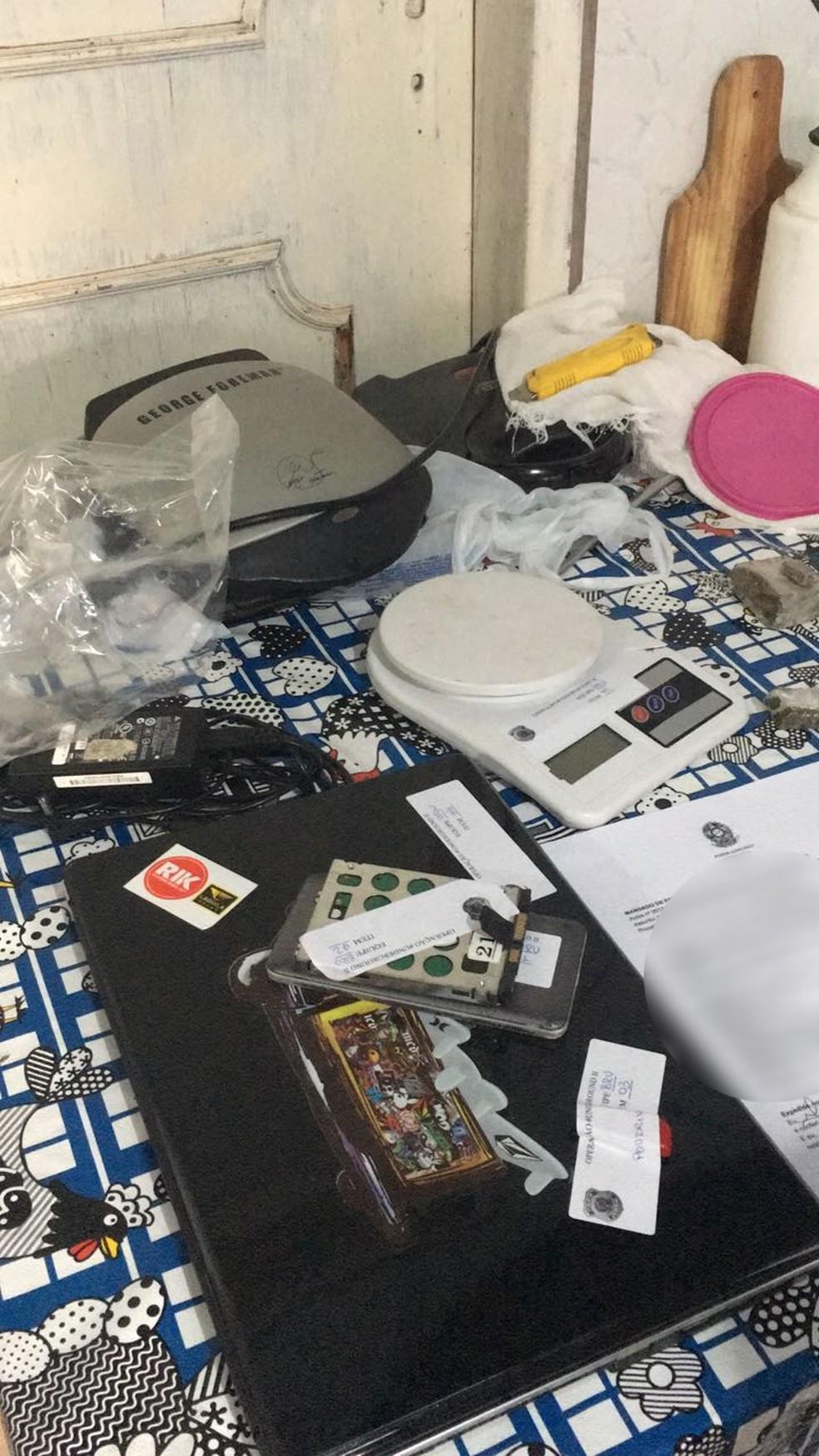 Material apreendido em uma das buscas da operação Underground 2 (Foto: Divulgação/Polícia Federal )