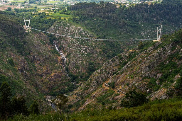 Portugal inaugura a maior ponte suspensa para pedestres do mundo (Foto: Divulgação)