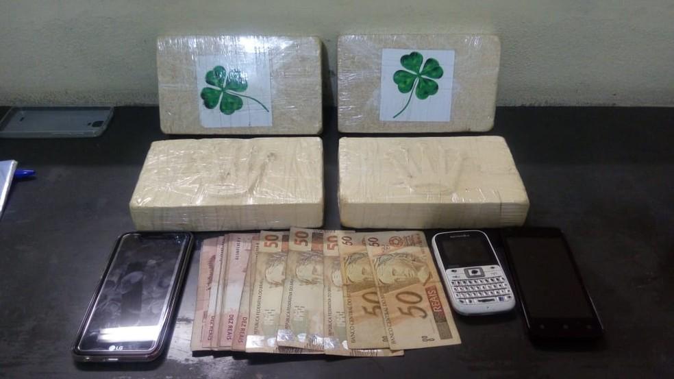 Taxista é preso com cerca de 4 kg de cocaína no bairro São Dimas em Lorena (Foto: Divulgação/ Polícia Civil)