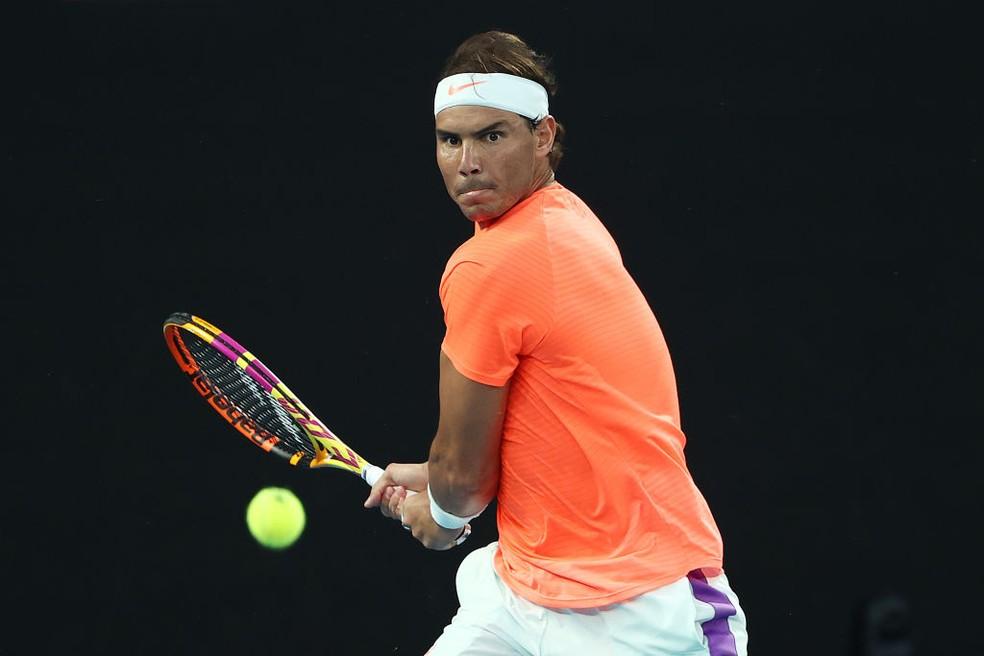 Rafael Nadal jogando as quartas do Australian Open — Foto: Cameron Spencer /Getty Images
