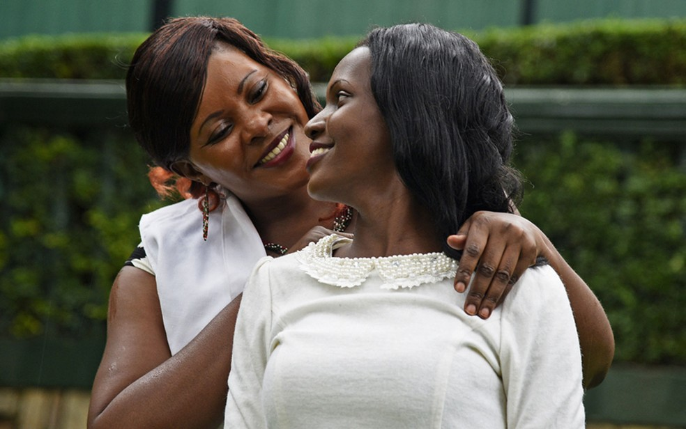 Susan Kigula conseguiu se reencontrar com a filha, hoje com 19 anos (Foto: Isaac Kasamani/BBC)