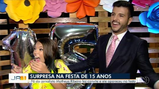 Estudante comemora 15 anos com surpresa do jornalista Matheus Ribeiro, em Senador Canedo